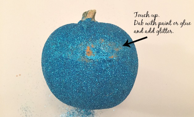 Glitter Pumpkin Touch Up