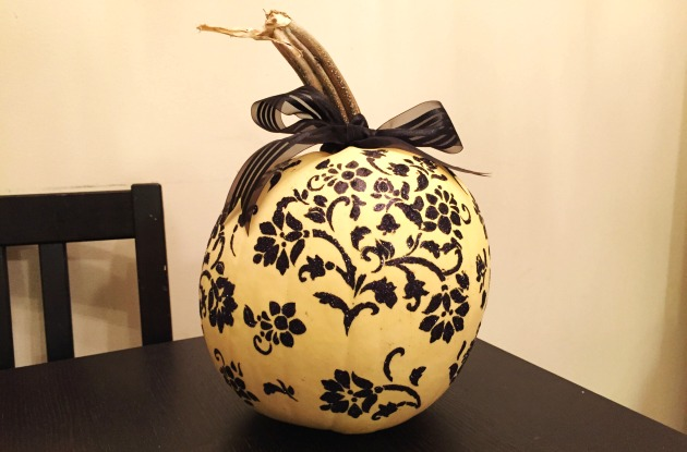 Painting Pumpkins with stencils and glitter
